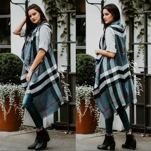 Accessories - 1 LEFT! JUST IN! Grey Plaid Scarf Vest!!